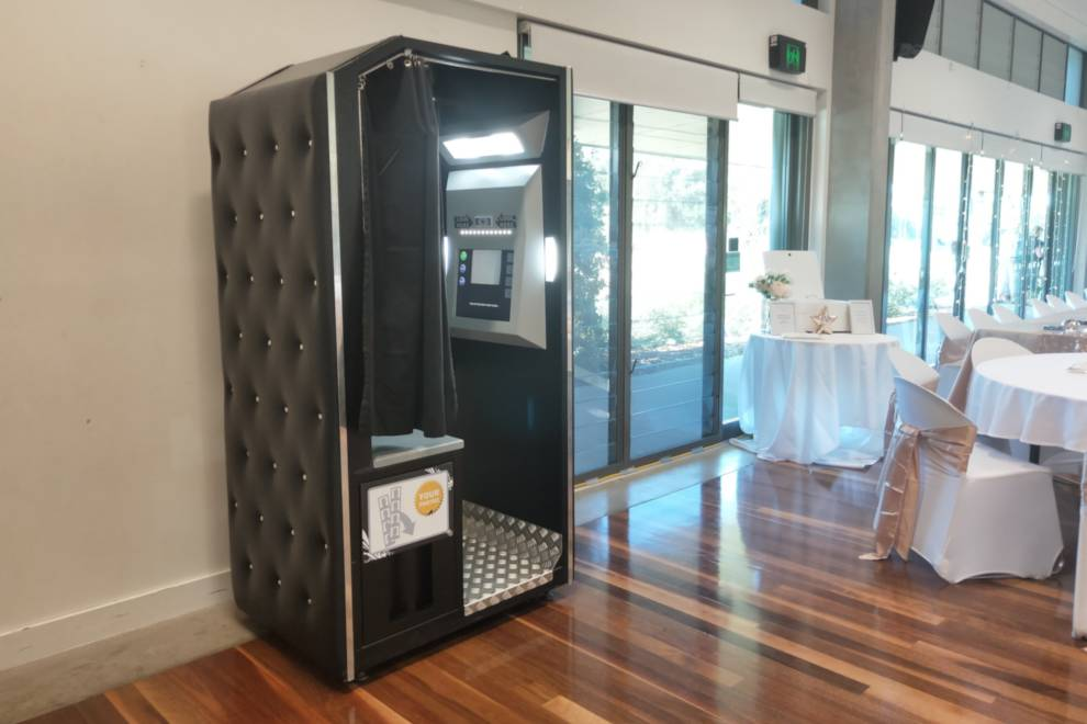 Traditional Enclosed Photo Booth
