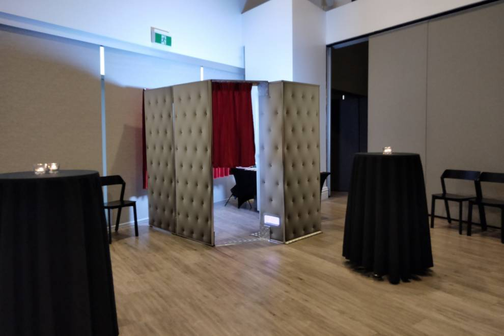 Large Enclosed Photo Booth Hire